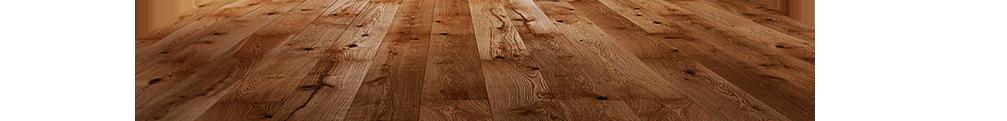 деревянный пол с красноватым оттенком