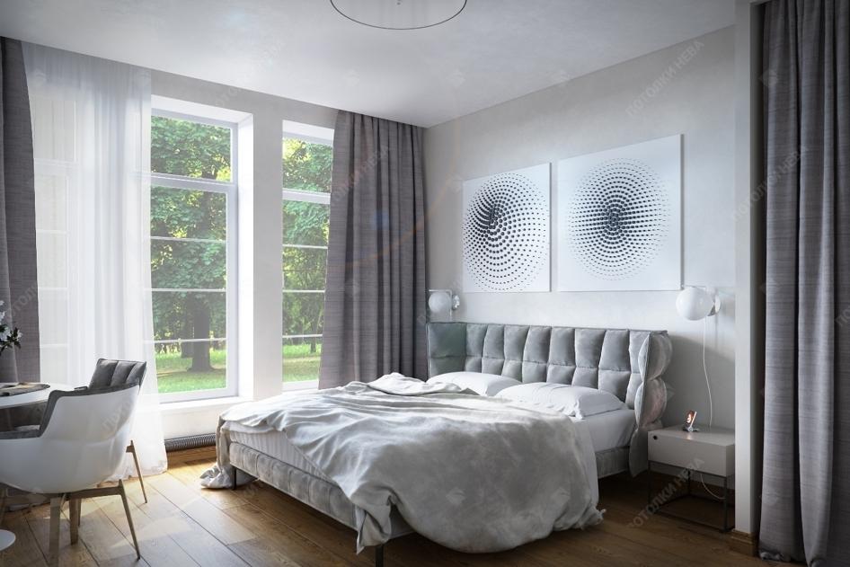 Белый тканевый потолок в спальне