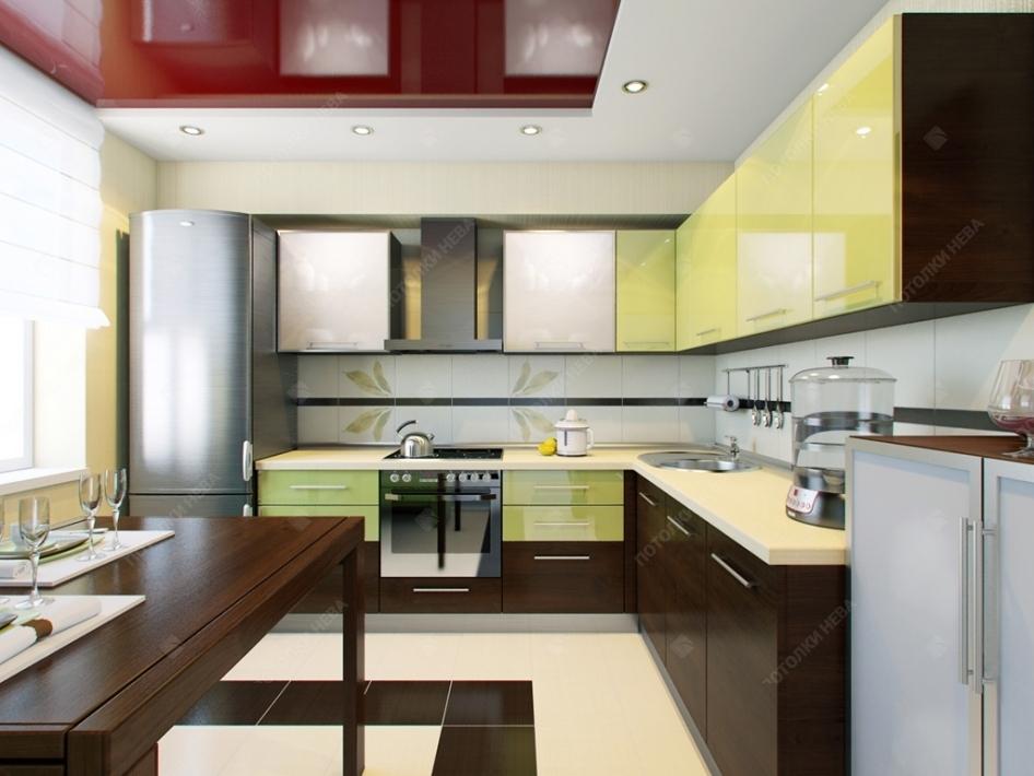Кухня с красным натяжным потолком
