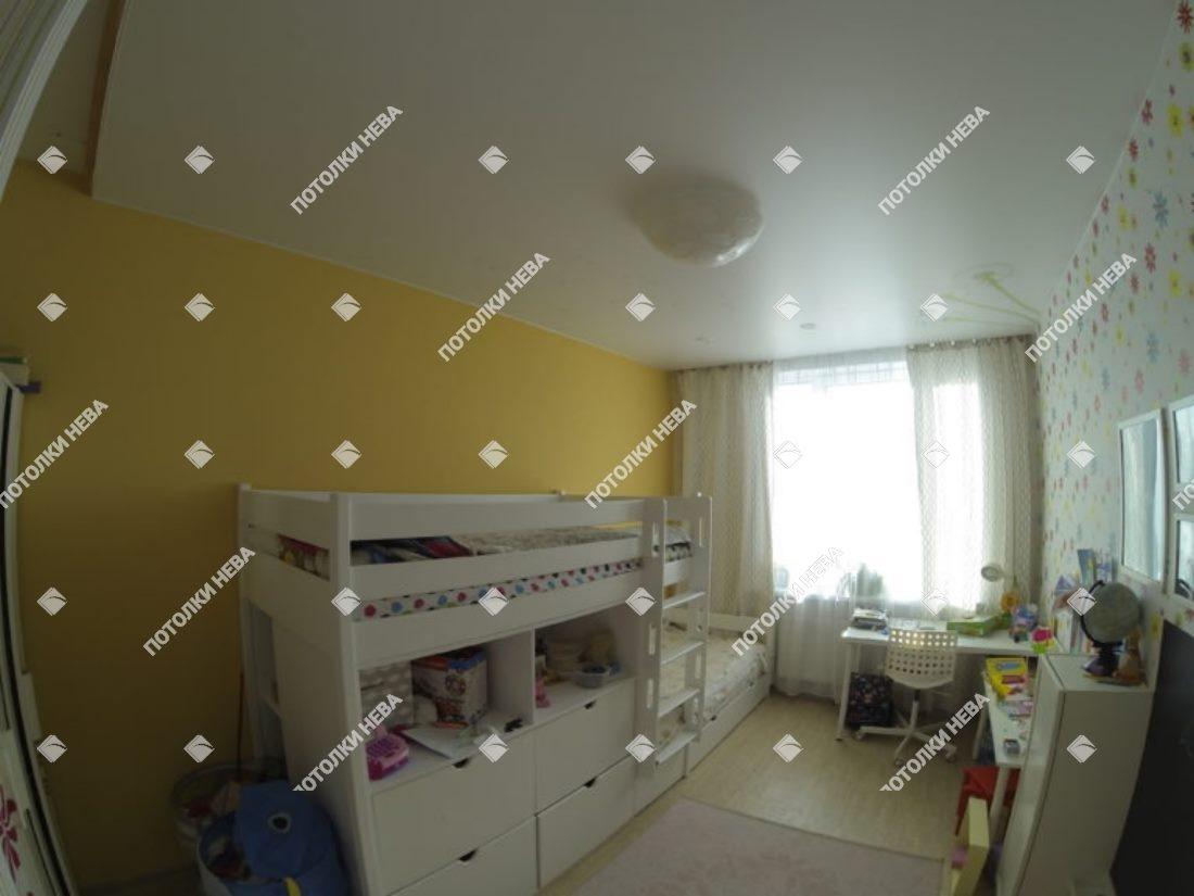 Матовый потолок с фотопечатью в детской