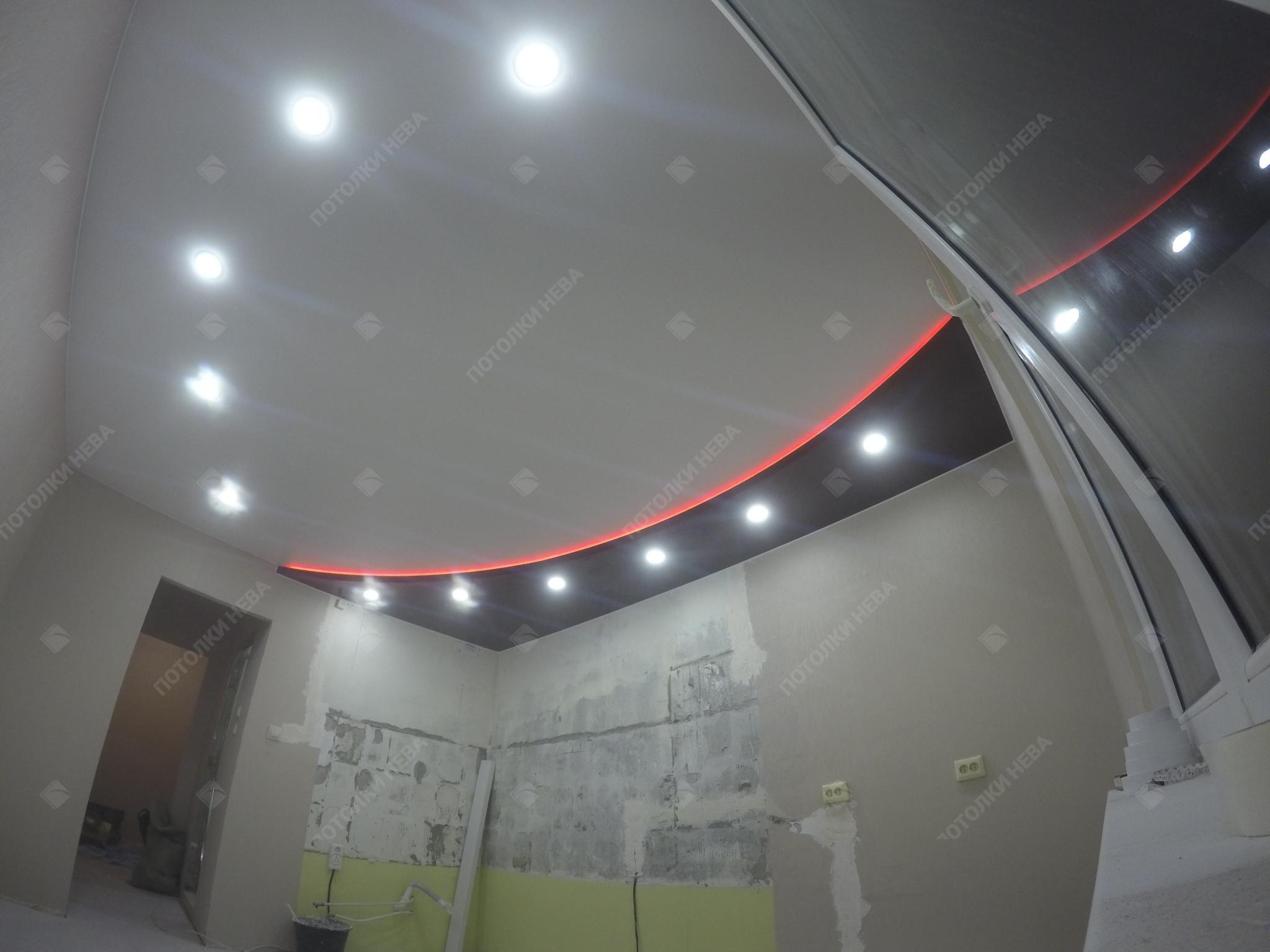 Светодиодный потолок из двух уровней